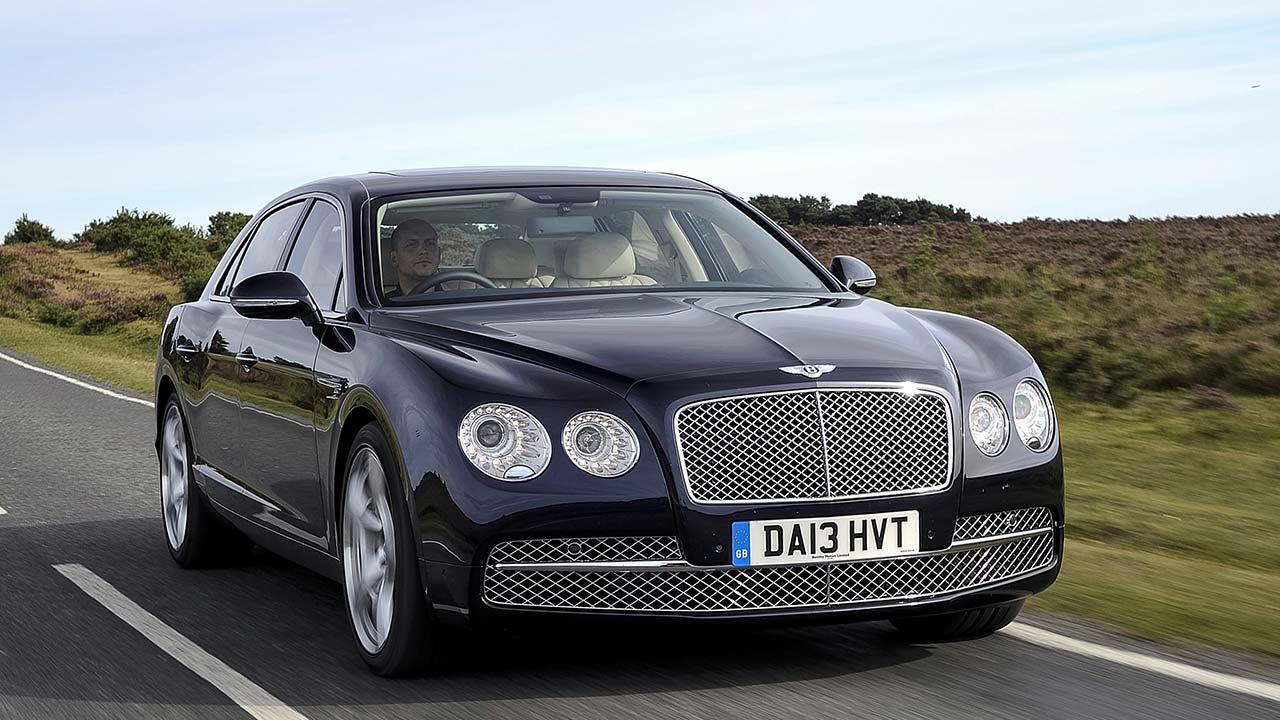 Bentley Flying Spur W12 - in voller Fahrt