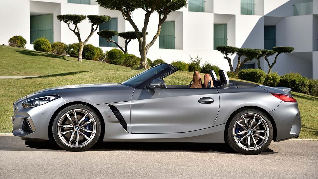 BMW Z4 Roadster M40i - Seitenansicht offenes Verdeck