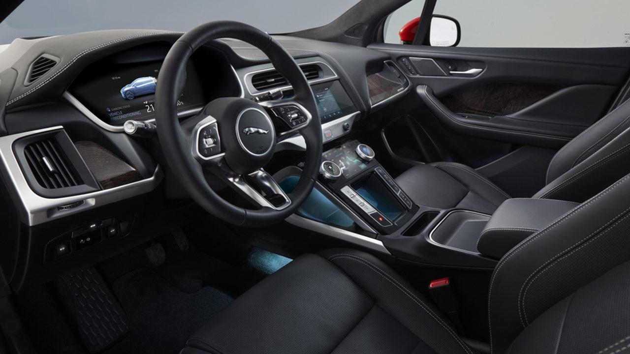 Jaguar I-PACE - Cockpit