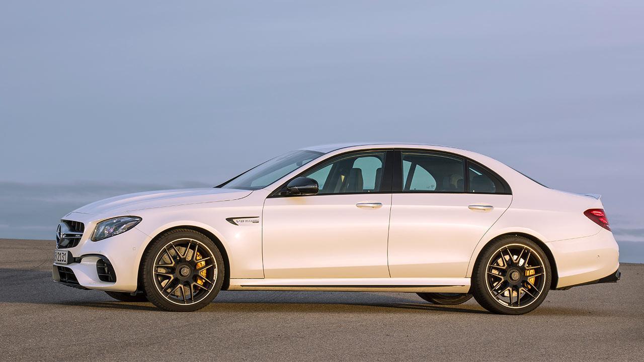 Mercedes-AMG E 63 4MATIC+ Limousine - Seitenansicht