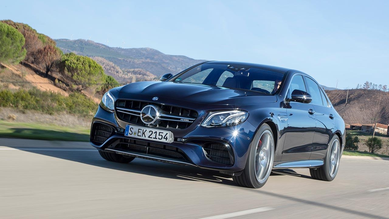 Mercedes-AMG E 63 4MATIC+ Limousine - in voller Fahrt