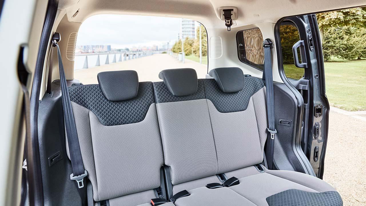 Ford Tourneo Courier - Rücksitze