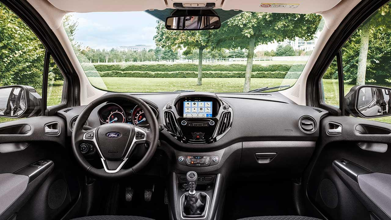 Ford Tourneo Courier - Cockpit