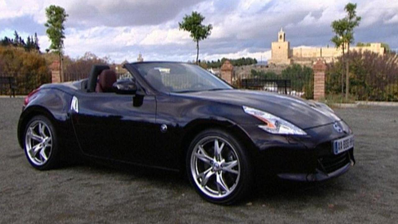 Nissan 370Z Roadster - in schwarz