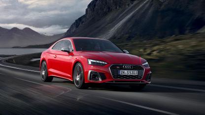 Audi S5 Coupé -  in voller Fahrt
