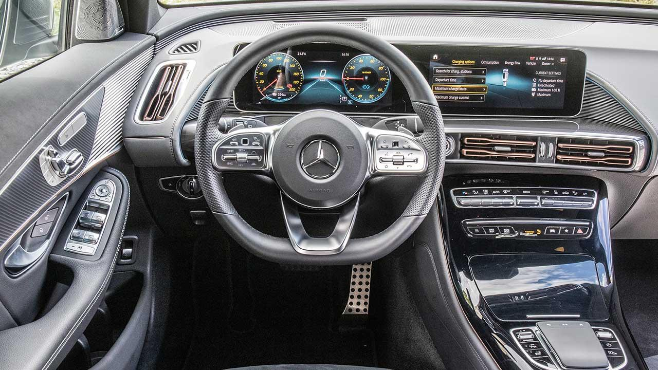 Mercedes-Benz EQC - Cockpit